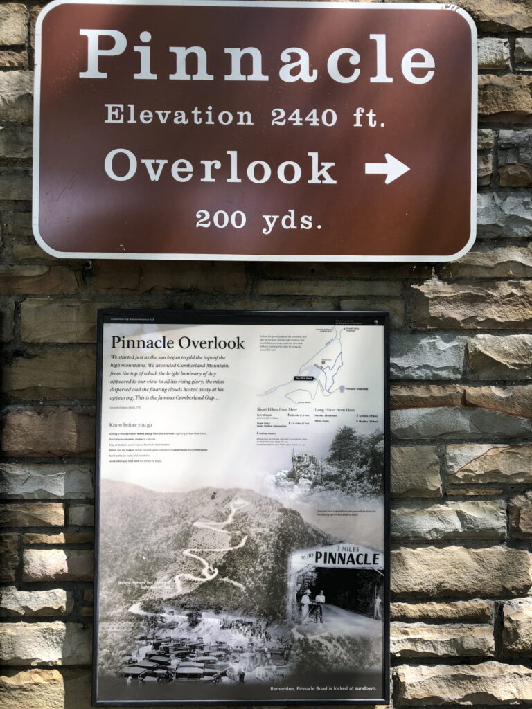 Pinnacle Overlook Sign