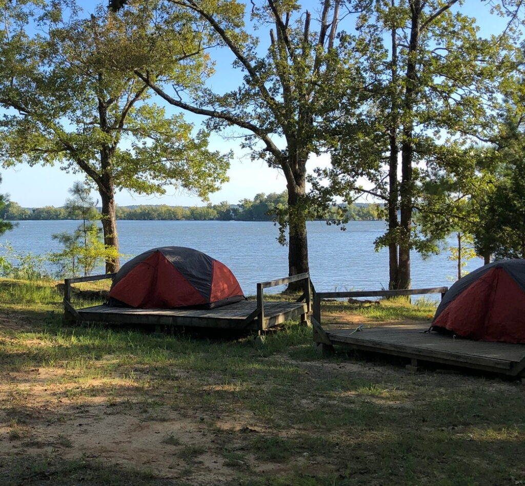 Scout tents by the lake - Maximize your child's scouting experience